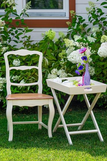 Стол в прованском стиле